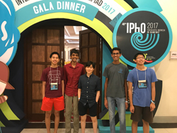 US Physics Team at 2017 IPHO